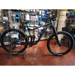 Giant Pre-Owned Giant Trance X 29 2