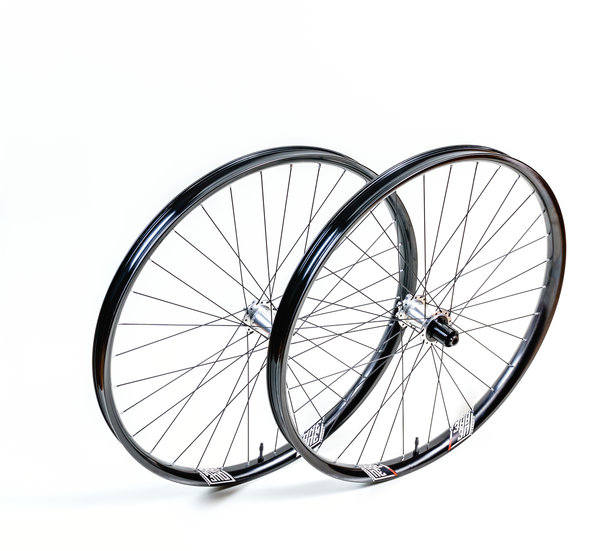 We Are One Composites Union Wheelset