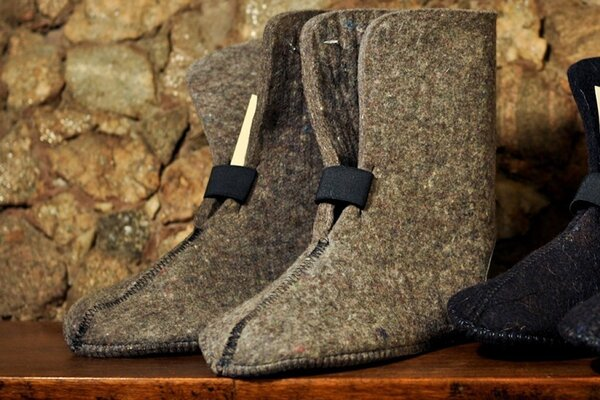 Brand Felt 10 in. 9mm Gray Pressed Wool Boot Liners