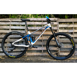 Mondraker Superfoxy Carbon R (DEMO)