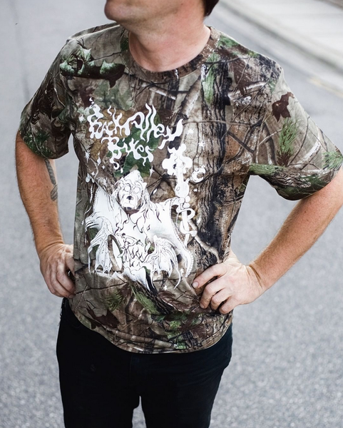 Back Alley Bikes Basta Wizard T-Shirt (Real Tree Camo)