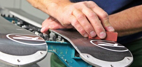 Alpine Cycles Ski / Snowboard Service - Factory Tune-Up