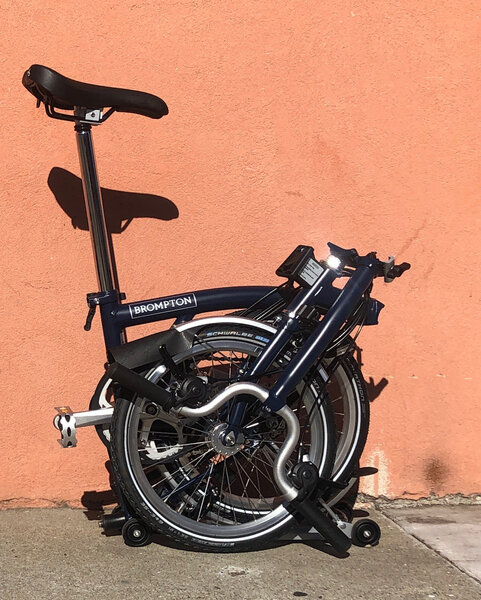 Brompton M6R with Dynamo - Tempest Blue