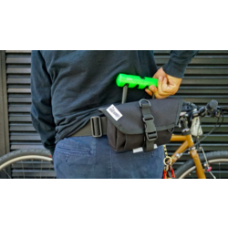 Road Runner Bags Waterproof Hip Bag Pro (with Belt)