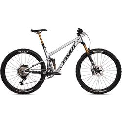 Pivot Cycles Pivot Trail PRO XT With I9 Wheel Upgrade