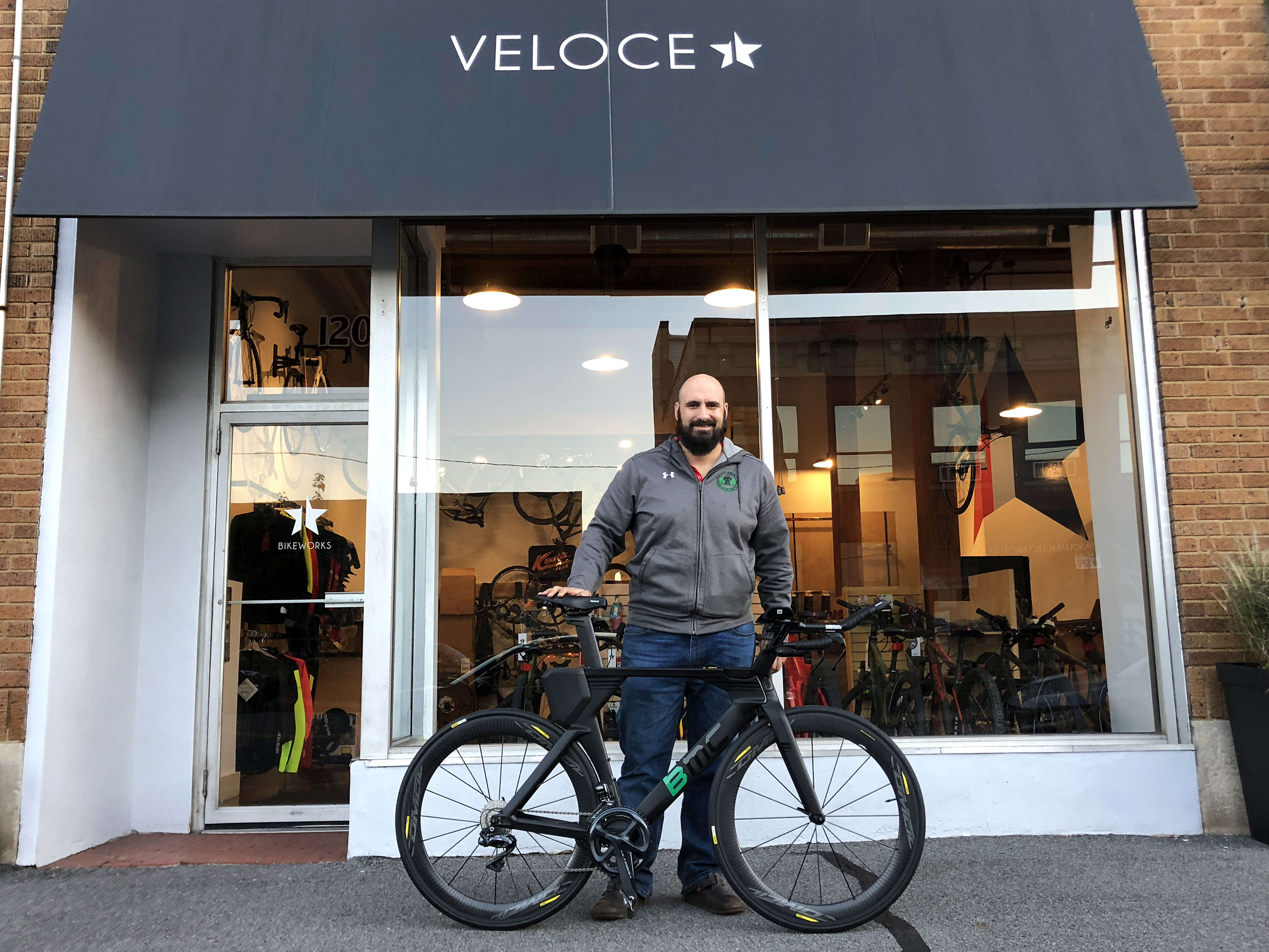 Veloce Scranton Storefront with a new bike