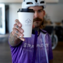 Coffee to go or dine-in