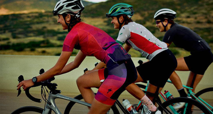 A picture of beginner womens road ride group