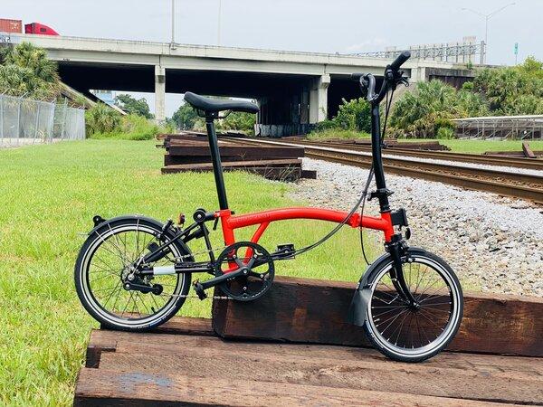 Brompton Brompton H6L - Black Edition Red