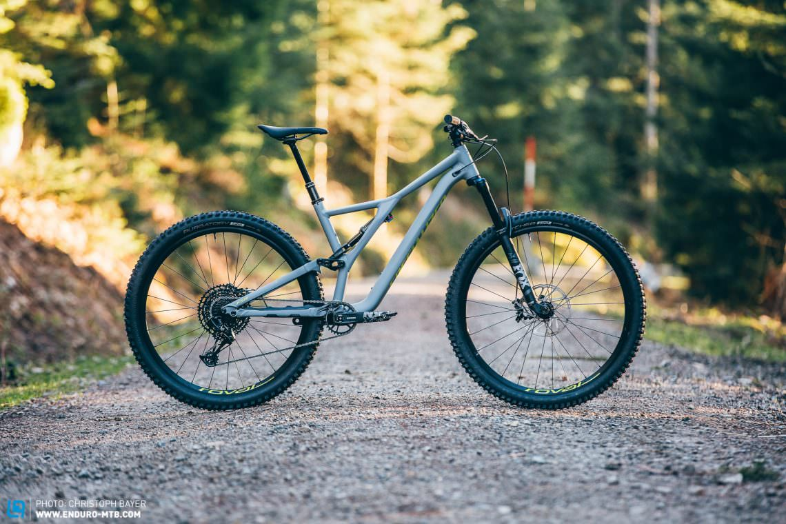 Full suspension mountain bike alloy specialized MTB