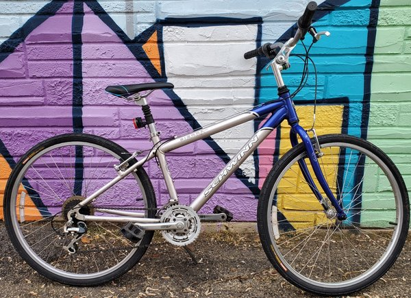 Appleton Bicycle Shop Sierra GS Blue/Silver