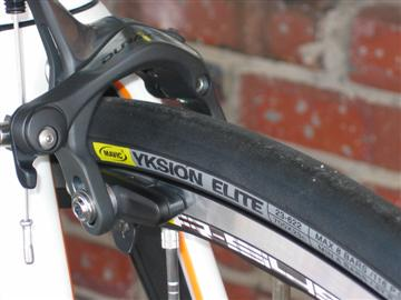 Parlee Z5 with Mavic R-Sys wheels and Yksion tires