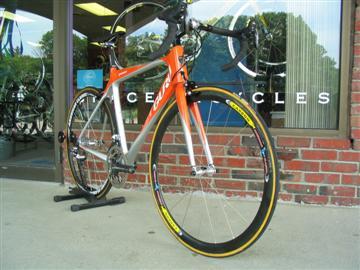 Guru Geneo custom fit & built by Grace Bicycles