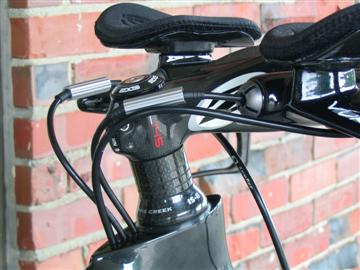 Parlee TT has clean internal cable routing