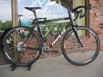 Parlee Z5 with Sram Red/XX for climbing