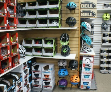 Bike helmets & accessories
