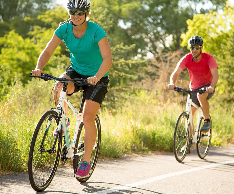 Outlet Hybrid Bikes- closeout prices